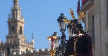 Disfruta más por menos destinos únicos Semana Santa Sevilla