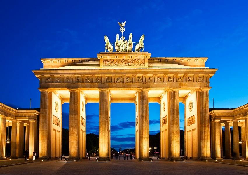 Si dispones de unos días libres no dejes pasar la oportunidad de conocer Berlín, una de las ciudades europeas con más historias que contar