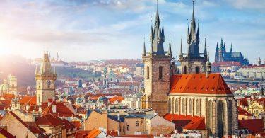 Disfruta más por menos Praga destinos únicos turismo viajar