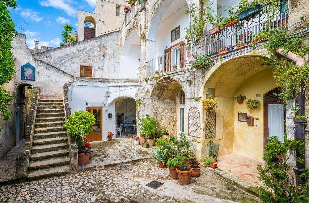Disfruta más por menos Matera destinos impresionantes verano viajar turismo