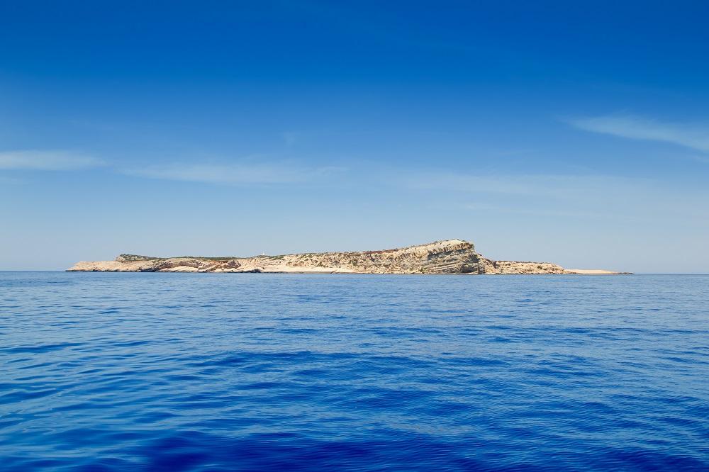 Disfruta más por menos turismo Archipiélago de Cabrera verano