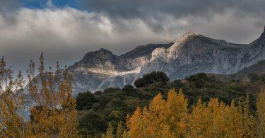 Disfruta más por menos turismo naturaleza otoño viajes