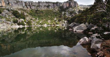 Disfruta más por menos paraísos naturales otoño Laguna Negra viajes turismo